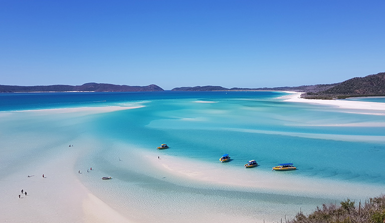 whitesands-beach-hamilton-island-queensland-australia