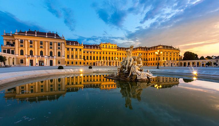 schonbrunn-palace-vienna-austria.jpg