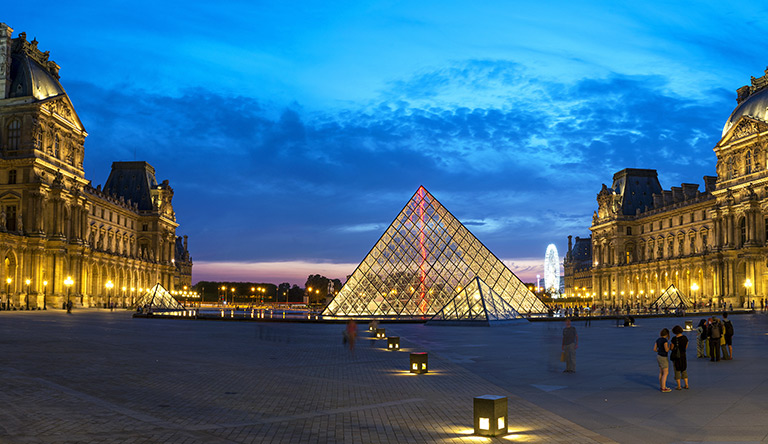 le-louvre-museum-paris-france.jpg