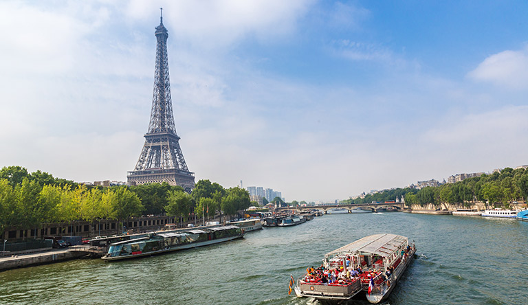 seine-river-cruise-with-eiffel-tower-paris-france