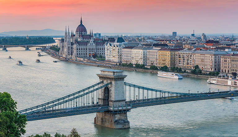 city-skyline-budapest-hungary