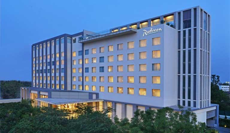 Radisson-Hotel-Agra-Exterior