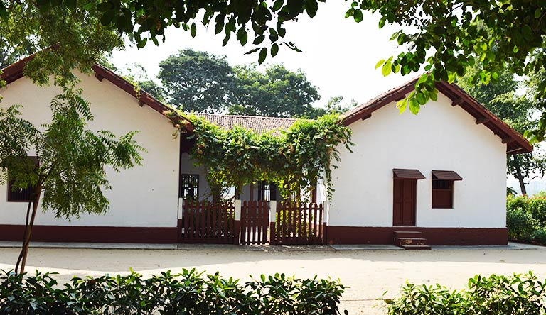 sabarmati-ashram-ahmedabad-gujarata-india.jpg