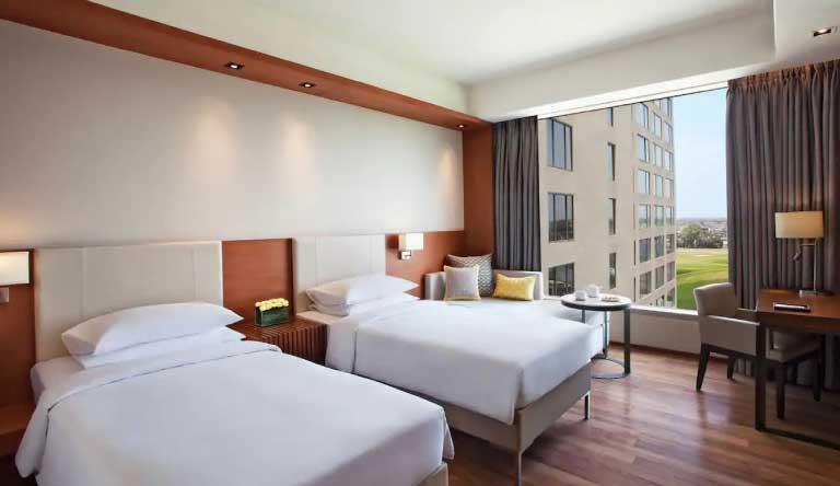 Hyatt-Regency-Amritsar-King-Twin-Bed.jpg