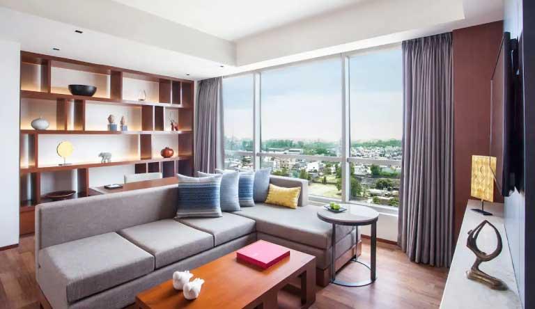 Hyatt-Regency-Amritsar-Regency-Executive-Suite-with-1-King-Bed1.jpg
