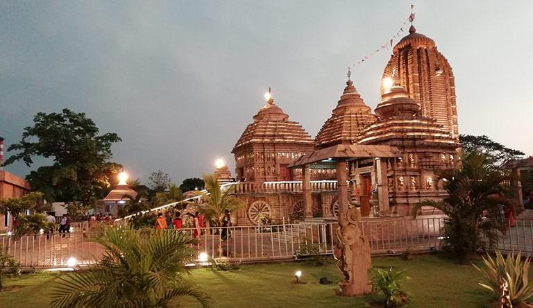 raja-rani-temple-bhubaneswar-orrisa