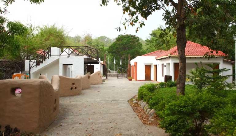 Infinity-Resorts-Corbett-Entrance.jpg