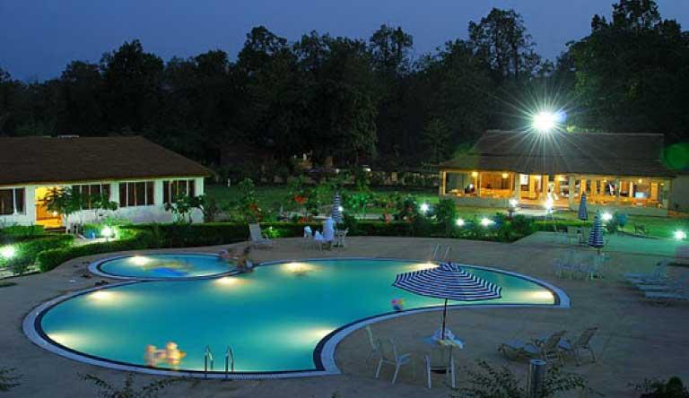 Mapple-Leisure-Resort-Corbett-Pool