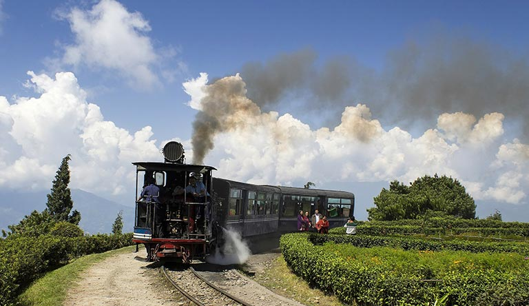 toy-train-darjeeling-india.jpg
