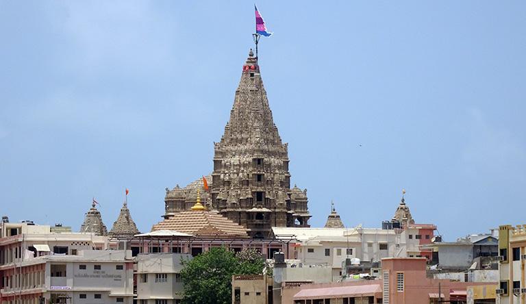 temple-dwarkadheesh-dwarka-india