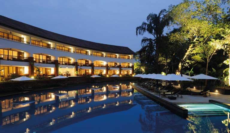 Alila-Diwa-Goa-Pool-DiwaClub.jpg