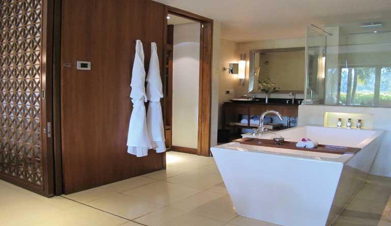 Alila-Diwa-Goa-Terrace-Room-Bathroom.jpg