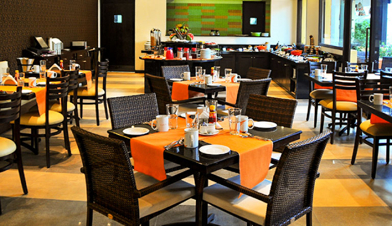 Kyriad-Prestige-Calangute-Restaurant.jpg