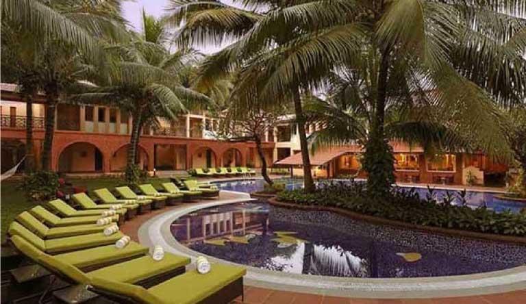 Lemon-Tree-Amarante-Beach-Resort-Goa-Pool