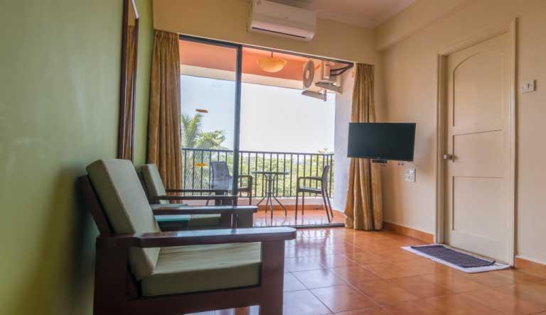 Palmarinha-Resort-and-Suites-DELUXE-ROOM3.jpg