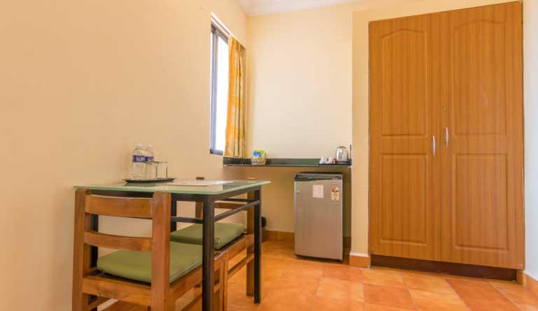 Palmarinha-Resort-and-Suites-DELUXE-ROOM4.jpg