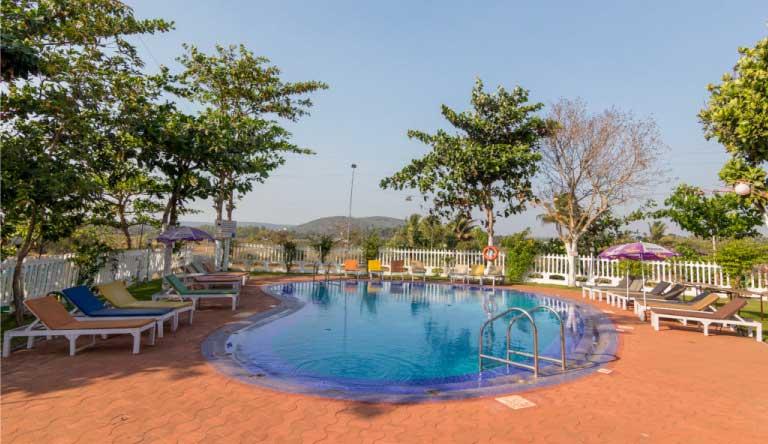 Palmarinha-Resort-and-Suites-Exterior1.jpg