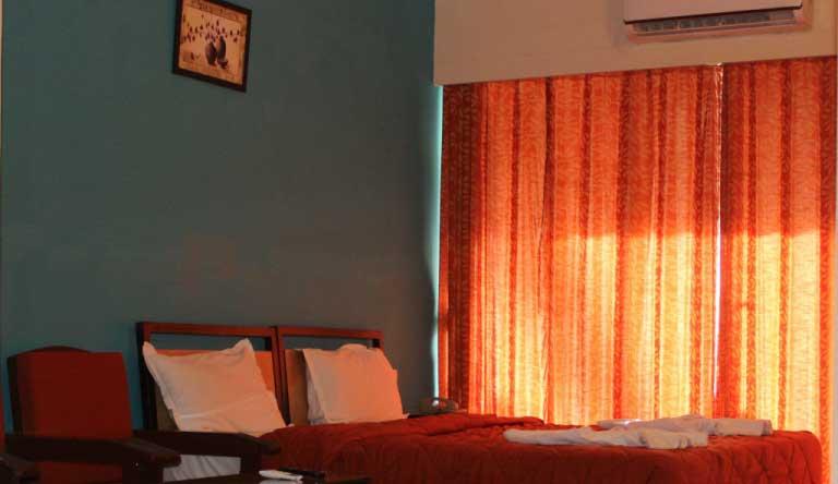 Palmarinha-Resort-and-Suites-FAMILY-ROOM1.jpg