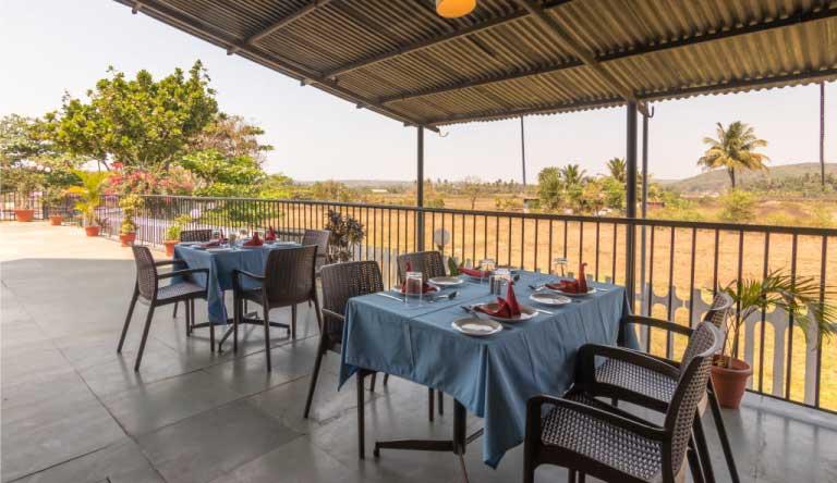Palmarinha-Resort-and-Suites-Restaurant4.jpg