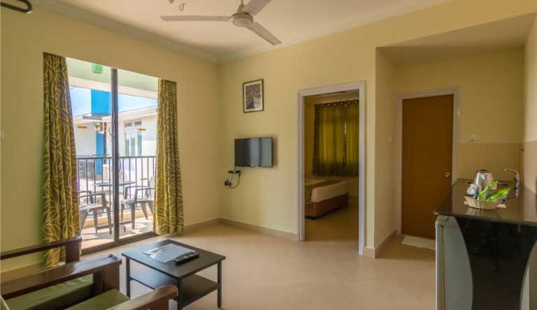Palmarinha-Resort-and-Suites-SUITE-ROOM1.jpg