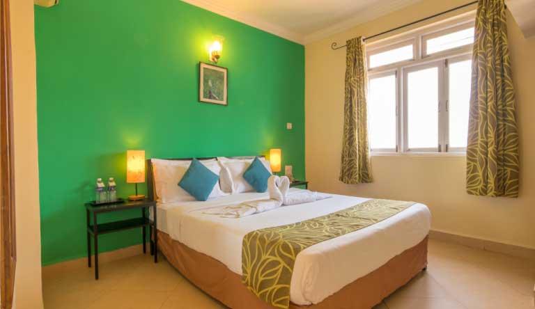 Palmarinha-Resort-and-Suites-SUITE-ROOM3.jpg