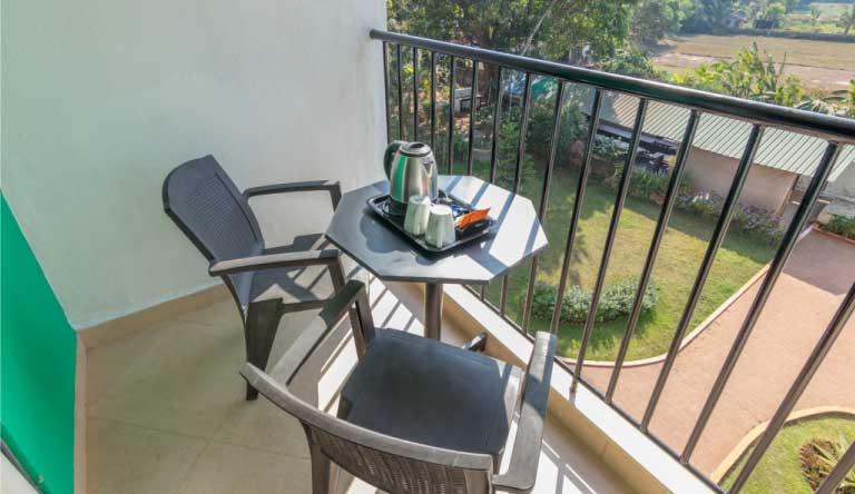 Palmarinha-Resort-and-Suites-SUITE-ROOM4.jpg