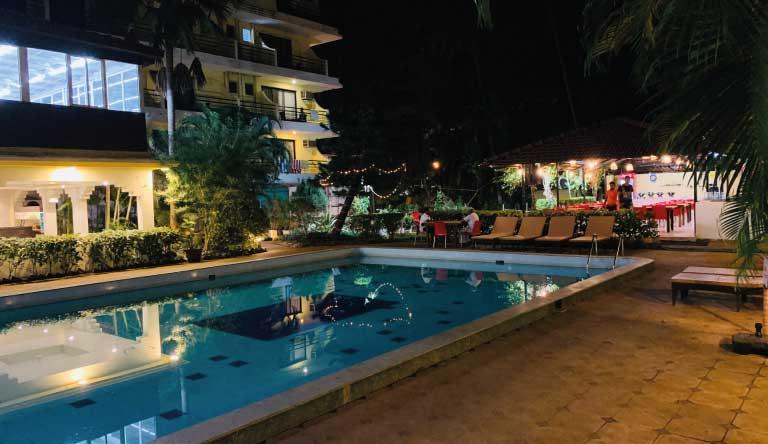 Peninsula-Beach-Resort-Pool1.jpg
