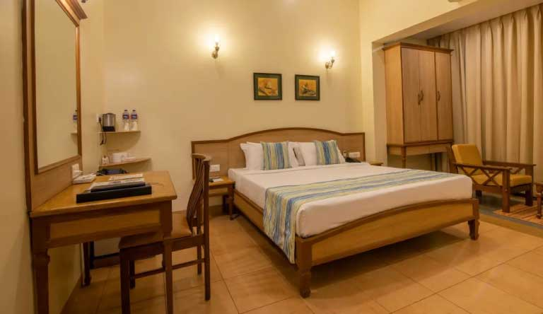 Quality-Inn-Ocean-Palms-Goa-Resort-Palm-Room1.jpg
