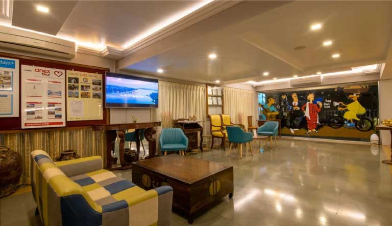 Quality-Inn-Ocean-Palms-Goa-Resort-Waiting-Area-Lobby.jpg