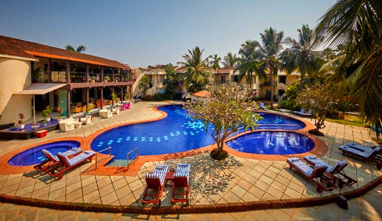 Royal-Orchid-Beach-Resort-and-Spa-Pool.jpg