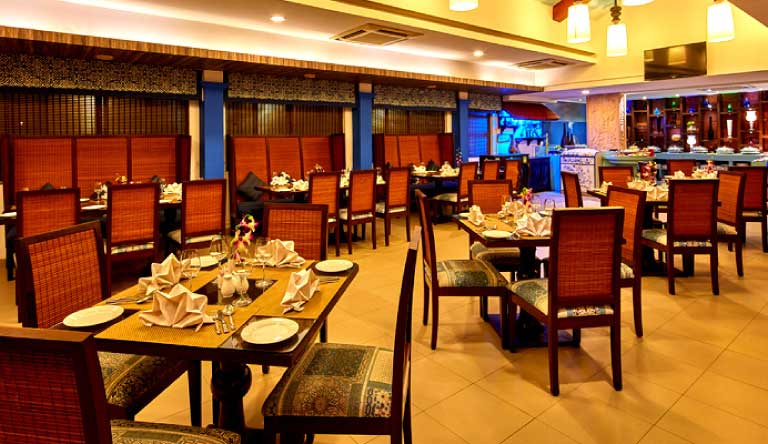 Royal-Orchid-Beach-Resort-and-Spa-Restaurant.jpg