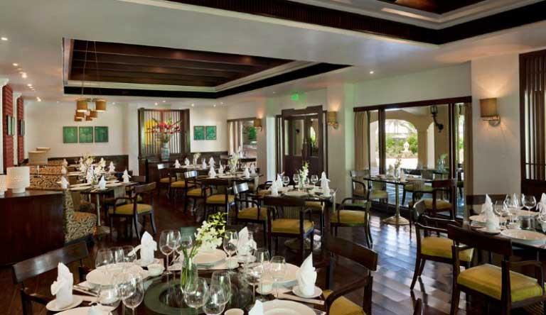 Taj-Exotica-Resort-and-Spa-Restaurant2.jpg