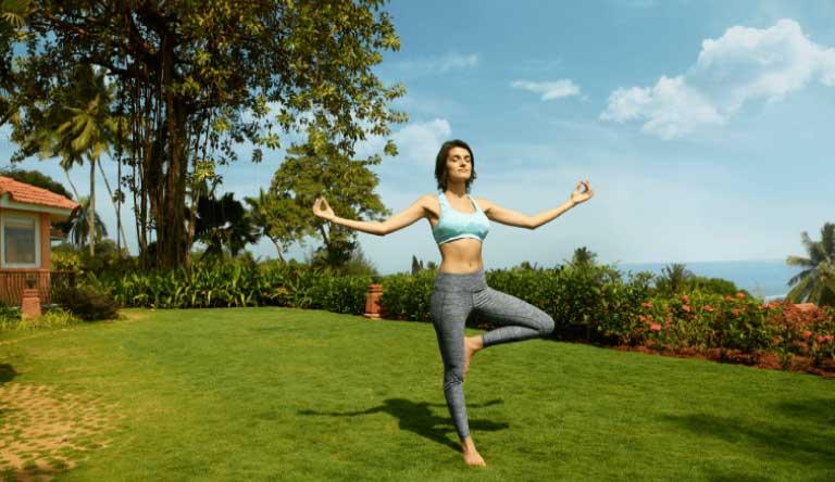 Taj-Fort-Aguada-Yoga-ritual.jpg