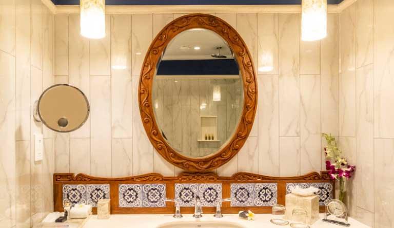 Taj-Holiday-Village-Resort-and-Spa-Premium-Cottage-Garden-View-Bathroom.jpg