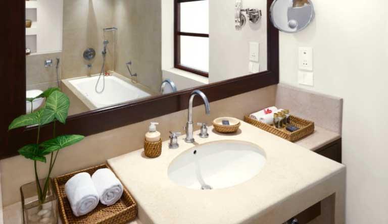 Taj-Holiday-Village-Resort-and-Spa-Superior-Room-Garden-View-with-Balcony-Bathroom.jpg