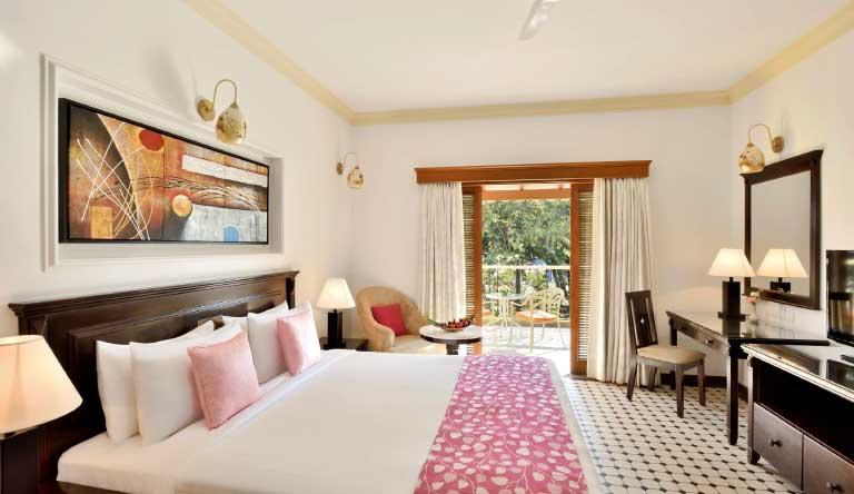 The-Radisson-Blu-Resort-Goa-Deluxe-Room.jpg