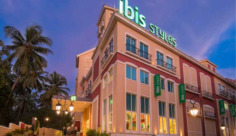 ibis-Styles-Goa-Calangute-Hotel-Entrance.jpg