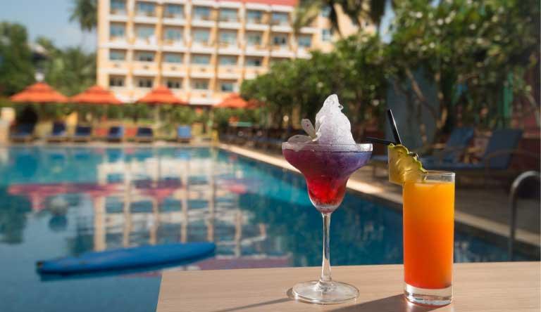 ibis-Styles-Goa-Calangute-Hotel-Pool.jpg