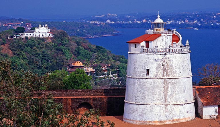 old-lighthouse-and-fort-goa-india.jpg