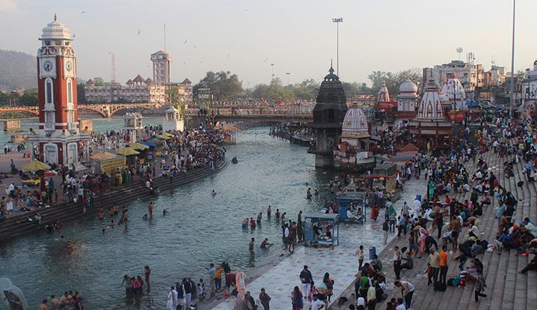 ganga-ghat-haridwar-uttrakhand-india