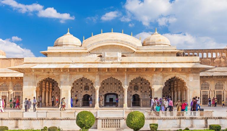 amer-fort-in-jaipur-india