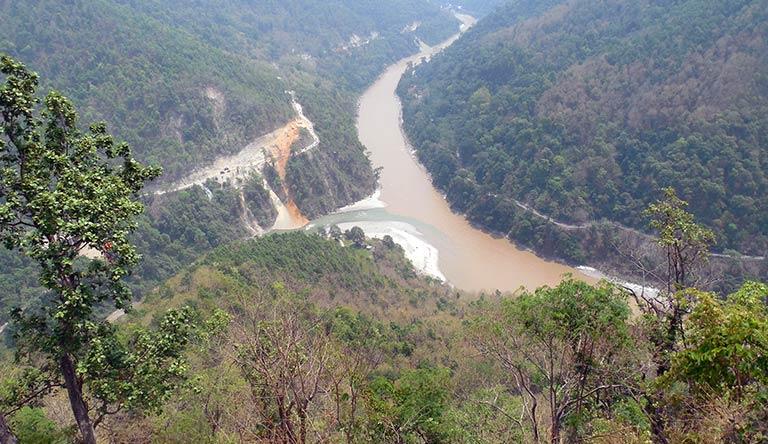 kalimpong-lake-west-bengal-india