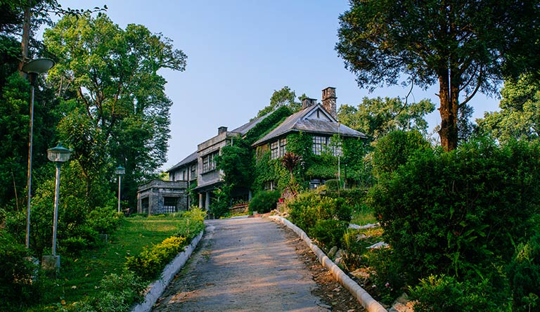 morgan-house-kalimpong-approach-road-west-bengal-india