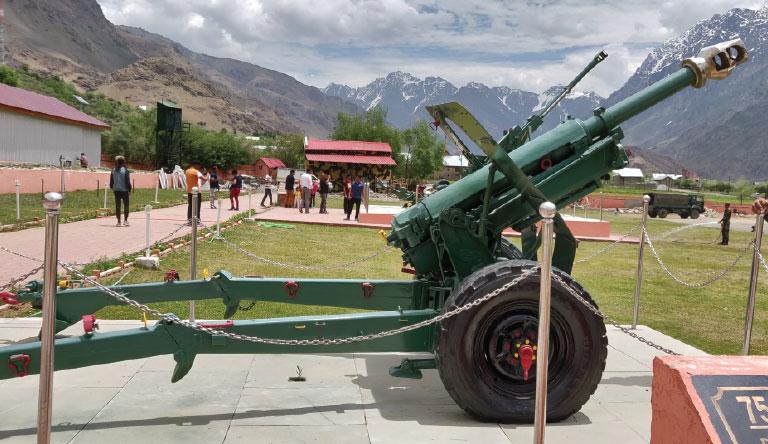 tope-war-memorial-kargil-leh-india