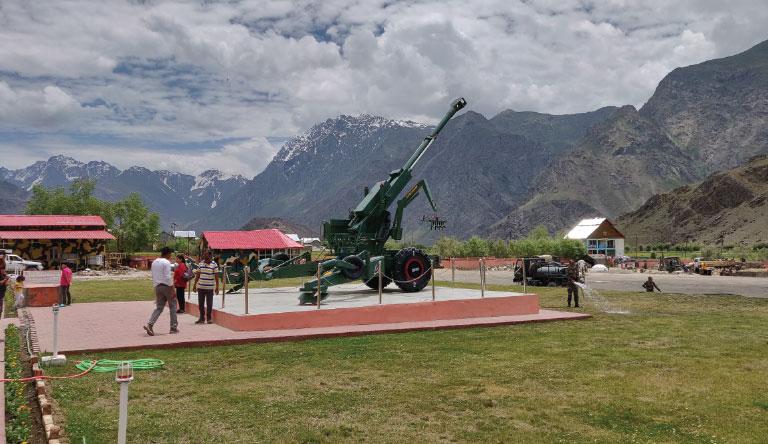 war-memorial-kargil-leh-india