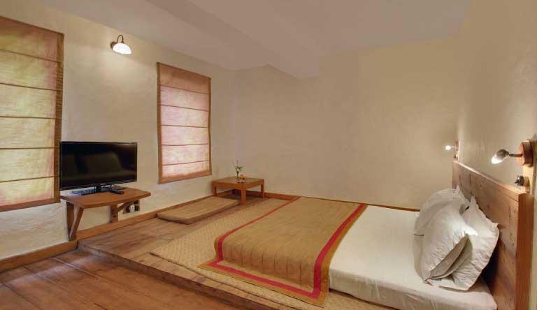 Chevron-Eco-Lodge-Duplex-Room-Ground-Floor.jpg