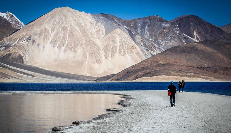 ladakh-traveler-leh-landscape-india