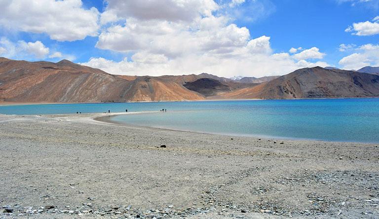 lake-of-leh-india
