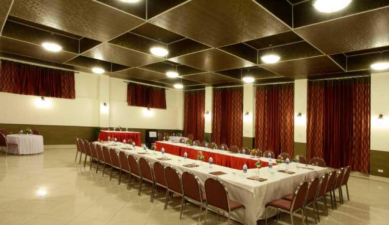 De-Vivendi-Resorts-Manali-Banquets.jpg
