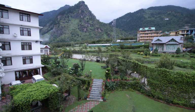 De-Vivendi-Resorts-Manali-Exterior2.jpg